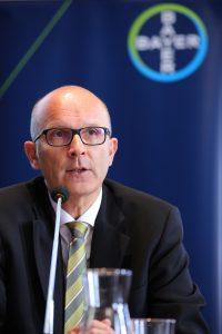 Prim. Univ.-Prof. Dr. Peter Marschang (Präsident der ÖGIA)