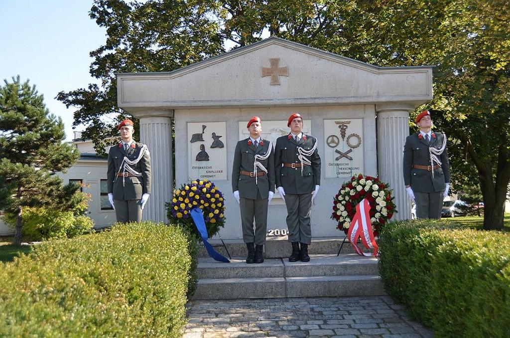 PR Bild Ehemalige Kaiser Franz Joseph Cavallerie Kaserne - Denkmal für die Kavallerie © www.rad2.at
