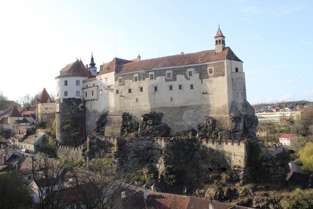 PR Bild BDA Burg Raabs, Südansicht © BDA Foto Markus Schmoll