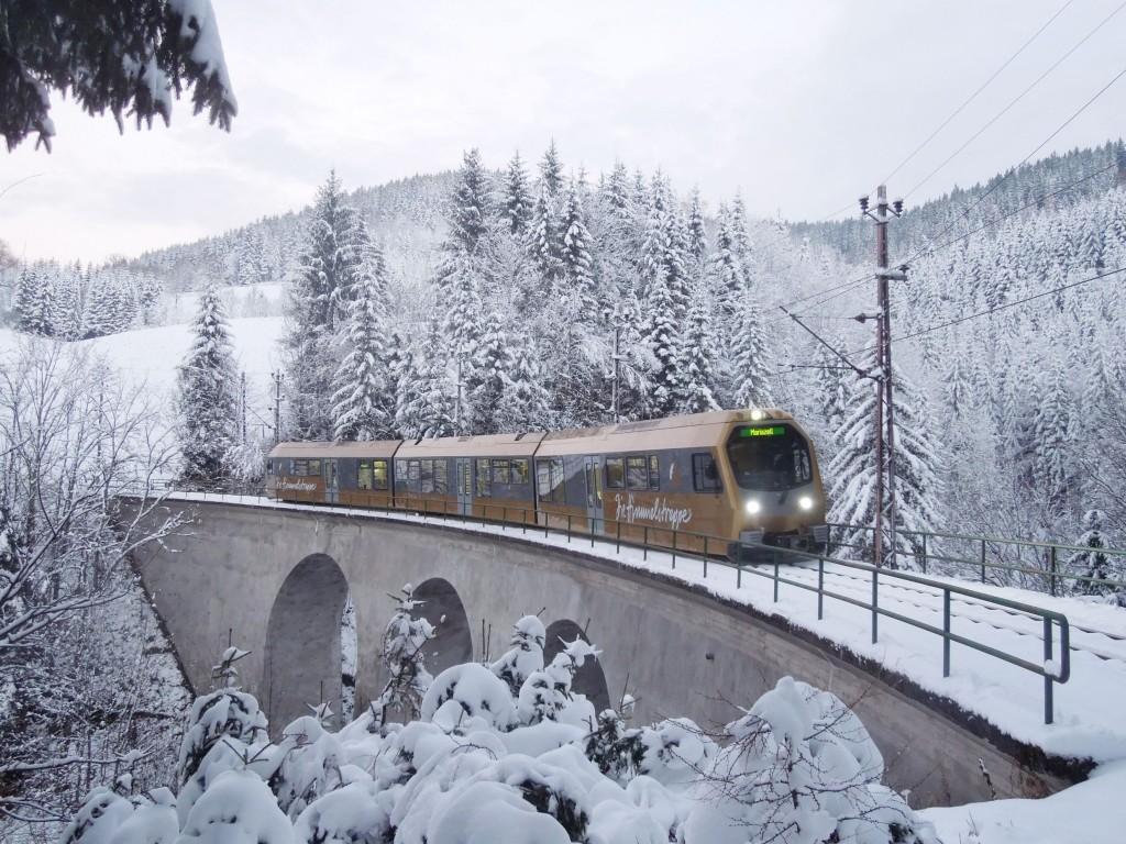Pressefoto Mariazeller Advent Mariazellerbahn Himmelstreppe im Winter © NÖVOG/Heussler