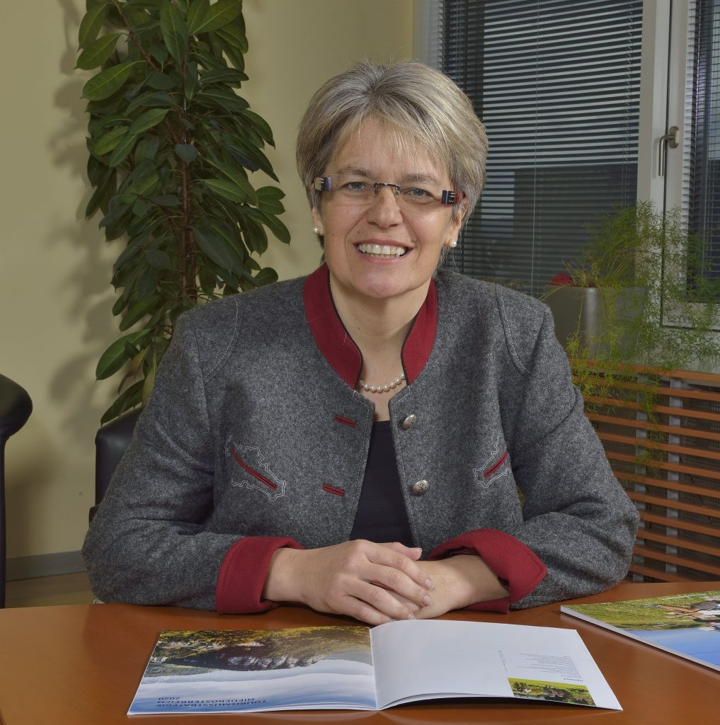 Pressefoto Tourismuslandesrätin Dr.in Petra Bohuslav @ Marschik