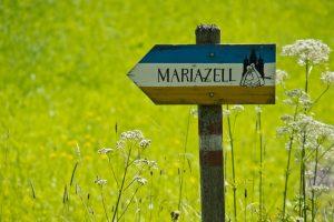 PR Bild Wegweiser Mariazell © www.mariazellerland-blog.at