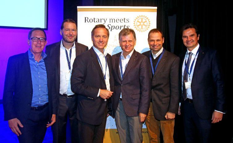 von links nach rechts: Philip Newald, Johannes Martschin, Robin Rumler, Michael Fembek, Philipp Bodzenta, Laurenz Maresch copyright Gerhard Deutsch