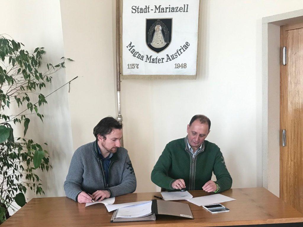 Mariazeller Land GmbH Patrick Killmaier Johann Kleinhofer Unterzeichnung Mietvertrag © Johann Kleinhofer