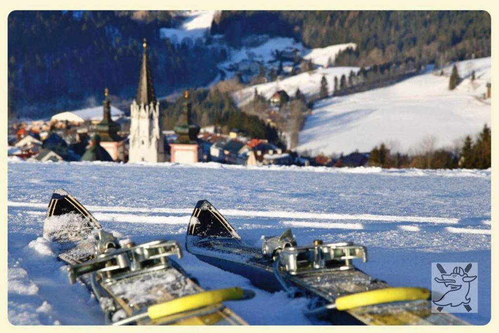 Ski in Mariazell mit Ausblick auf Basilika Mariazeller Pantherlauf © WSV Mariazell